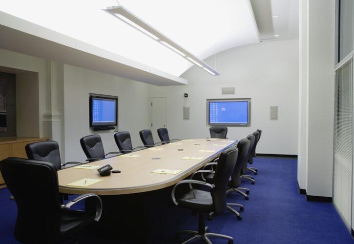 リモート対応会議室の中